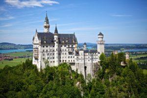 Tegan Marshall and Clark international housesitters Schliersee Germany