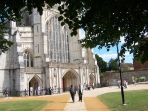 Tegan Marshall and Clark international housesitters at winchester-cathedral-england